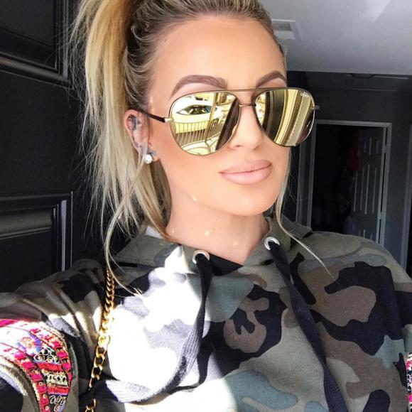 New QUAY X Desi Perkins High Key Gold//Gold Mirror Sunglasses